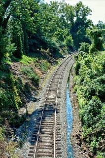 railroad-54350_640